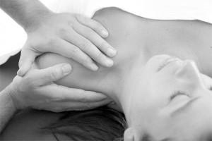 Tide-Osteopathy-Hands-Shoulder